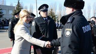 Ректор ХНУВС вручив курсантам-випускникам погони лейтенантів поліції