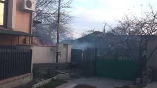 A dat foc la frunze punînd în pericol tot cartierul