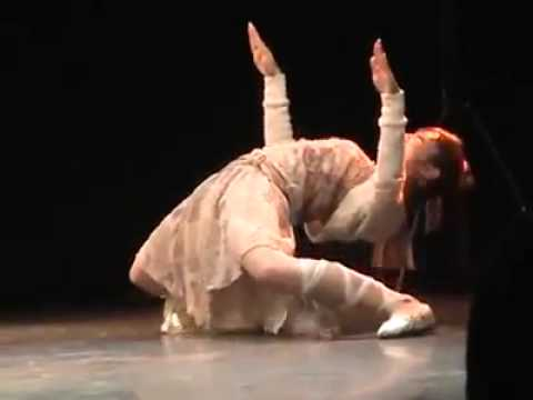 Cô gái nhảy popping cực đỉnh