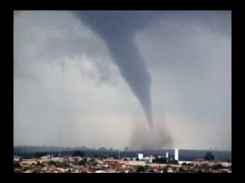 Tornado F1---Lins-SP Powvideo - YouTube