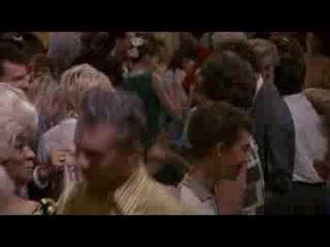 73. Hairspray (John Waters, 1988)