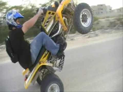 Yamaha Banshee Wheelie