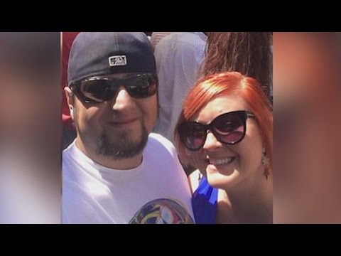 Wedding couple removed from a United Airlines flight after changing seats