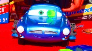 Cars 2 Air Hogs RC Finn McMissile Disney Pixar Toy Review