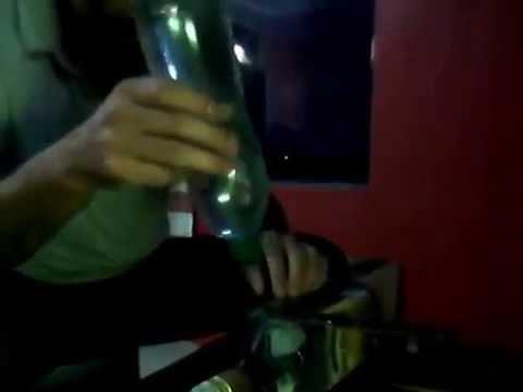 Cómo cortar botellas de vidrio cuadradas?