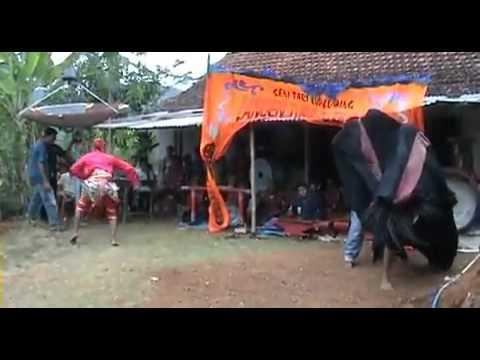 Kuda lumping Gombong.flv