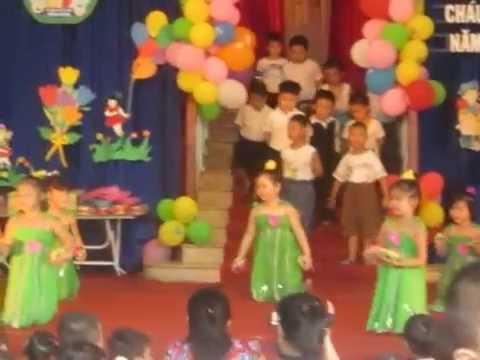 Múa Ai yêu Bác Hồ Chí Minh hơn thiếu niên nhi đồng - Mầm non Hồng Bàng - Mẫu giáo lớn 1