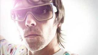 Ian Brown Ft Noel Gallagher Keep What Ya Got