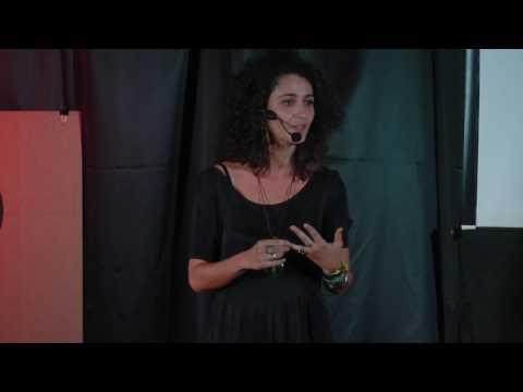 Como Construir Uma História de Nós | Fernanda Cabral | TEDxBlumenauSalon