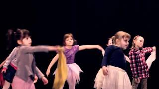 Teatr Ruchu -- zajęcia rozwojowe z różnych technik tańca odbywające się w Pobiedziskim OśrodkuKul