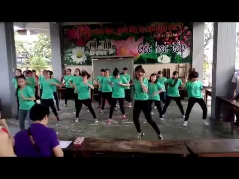 Nhảy flashmob Vút Bay lớp 10C17-THPT Trần Phú
