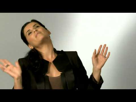 Nelly Furtado : The Best Of (Titre par Titre: Part 2) - YouTube