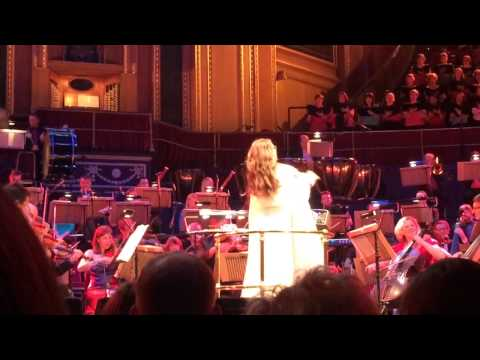 Sarah Brightman Conducting at the Albert Hall