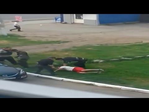 Terrorists Kidnap Civilian In Luhansk  May 14, 2014