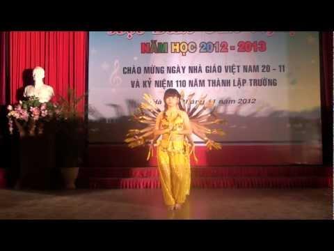 Đại học y Hà Nôi (HMU) - Múa nghìn tay