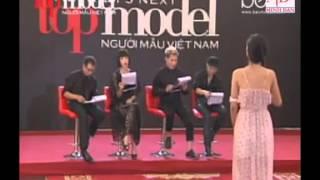 Thí sinh Vietnam's Next Top Model 2012 - Thiên Trang khóc sau phần phỏng vấn