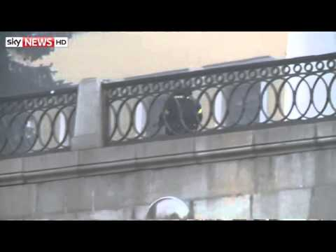 Police Firing Live Rounds At Kiev Protesters