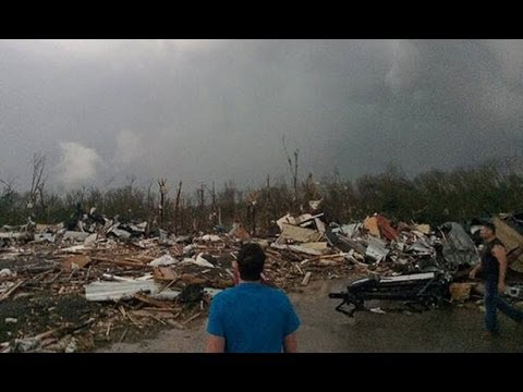 Deadly Tornadoes 29 killed Arkansas Oklahoma Kansas Devastation Caught on Tape
