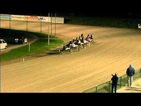 Vidéo de la course PMU GRAND PRIX WILLEM H GEERSEN