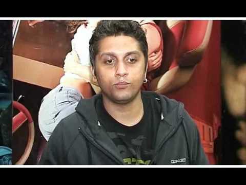 Emraan Hashmi, Mahesh Bhatt & Mohit Suri Meet 'Murder 2' Facebook Fans