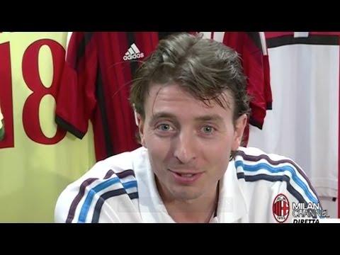 Riccardo Montolivo a Casa Milan | AC Milan Official