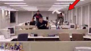 O que acontece quando o chefe dá uma saidinha?
