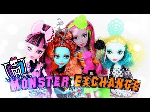 Doll Review: Monster High Monster Exchange | Plus American Girl Giveaway