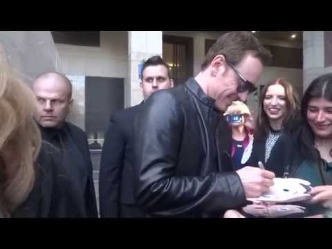 Michael fassbender Frank premiere april 2014