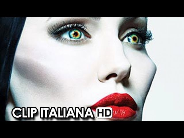 Maleficent Clip Ufficiale Italiana 'L'arcolaio' (2014) - Angelina Jolie Movie HD