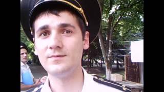 Un angajat MAI tinerel îl hărțuiește pe un veteran