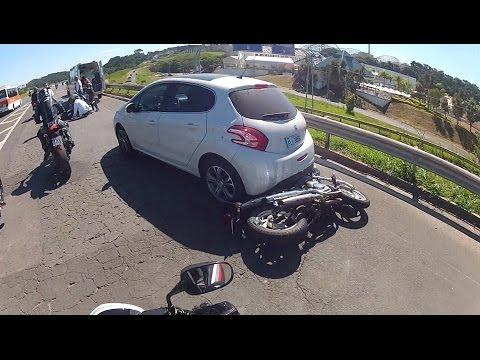FABINHO DA HORNET - ACIDENTE FEIO DE MOTO - COM O MOTOCICLISTA FERIDO SENDO ATENDIDO POR MÉDICOS