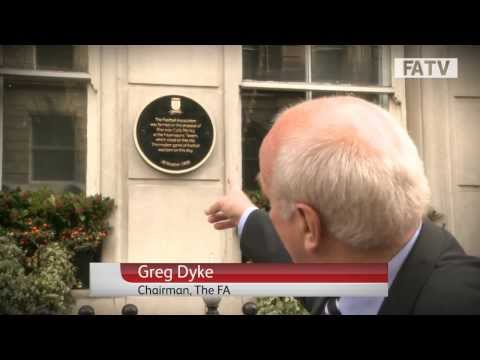 Greg Dyke unveils FA 150 plaque at birthplace of English football