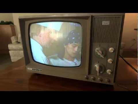Watch A 1969 Sears  Toshiba  Color Tv