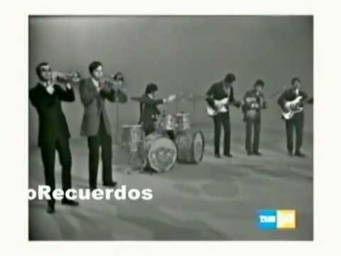 Thumbnail of video Cerca de las estrellas LOS PEKENIKES / 1969