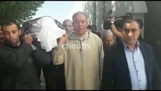 فيديو جد مؤثر..لحظة وصول جثمان البرلماني عبد اللطيف مرداس إلى مقبرة الشهداء |