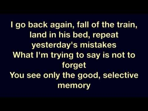 Shakira ft. Rihanna - Can't Remember To Forget You (Official Lyrics) [HD]