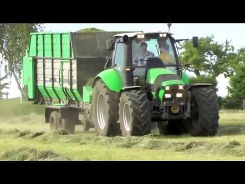 DZIEWCZYNY NA TRAKTORY! - Sianokosy, koszenie kukurydzy, orka 2013 [HD] / Deutz-Fahr