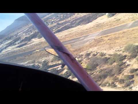 X-AIR Standard Volando sobre aeropuerto de lagos