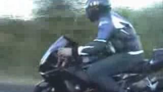 RACHA CARROS VS MOTOS