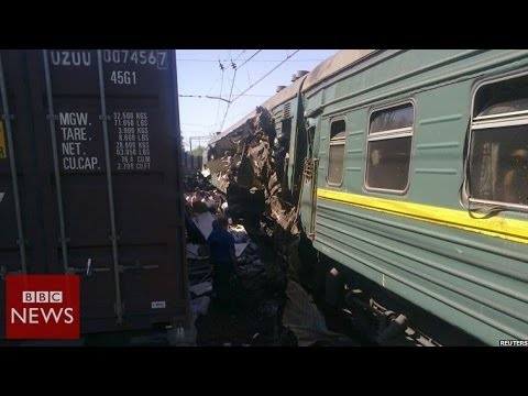 At least 4 dead in fatal train crash near Moscow - BBC News