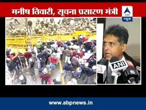 Manish Tewari takes a dig at Kejriwal