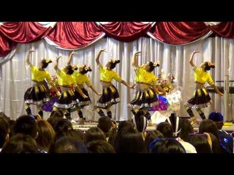 Sacramento Hmong New Year 2014 - Nkauj Hmoob Hli Xiab