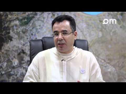 عمدة طنجة يتحدث عن تلوث شواطئ المدينة والمجهودات المبذولة لتجاوز المشكل