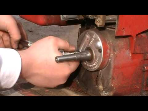 How to Clean Briggs&Stratton Points and Condenser
