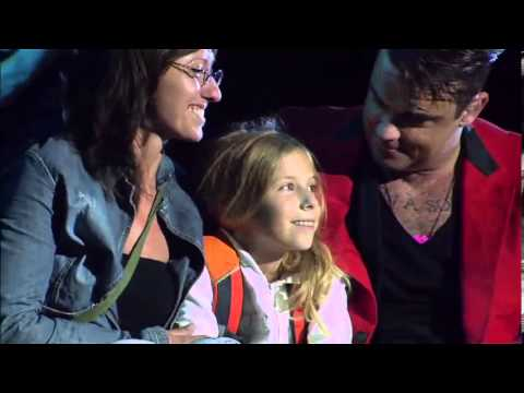 Robbie Williams : She's The One & Angels -Zagreb 2013