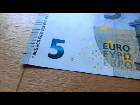 New and old 5 euro bill comparision