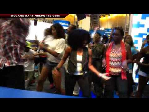 Roland Martin Getting Down And Doing The Wobble At Essence Music Festival