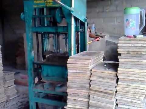 Mesin Press Batako (2).mp4 Cv.hinoka jaya machinery