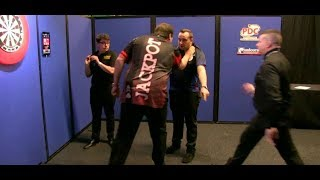 Adrian Lewis vs. Jose Justicia PUSHING Incident - 2018 PDC Pro Tour