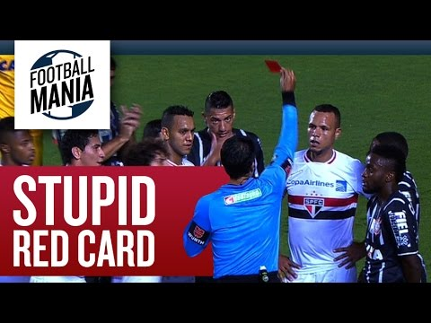 Another stupid Red Card!!! Luis